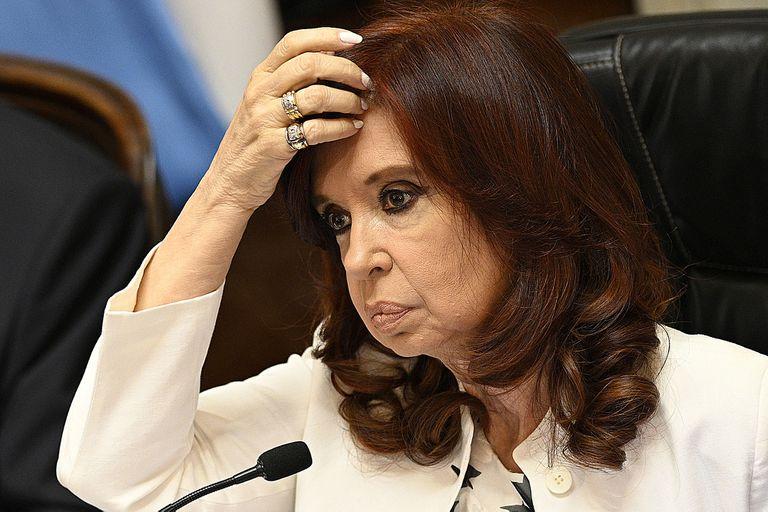 Los reproches hacia Alberto Fernández se multiplican en el entorno de Cristina Kirchner