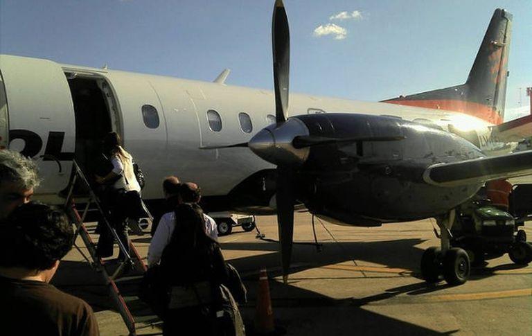 Última imagen del avión, tomada por Agostina Piana,  antes de despegar a su destino final, durante una escala en Mendoza