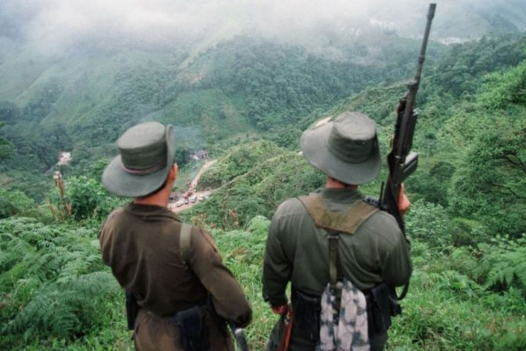 Ni en sus momentos de mayor apogeo las FARC tuvieron un número similar de soldados activos