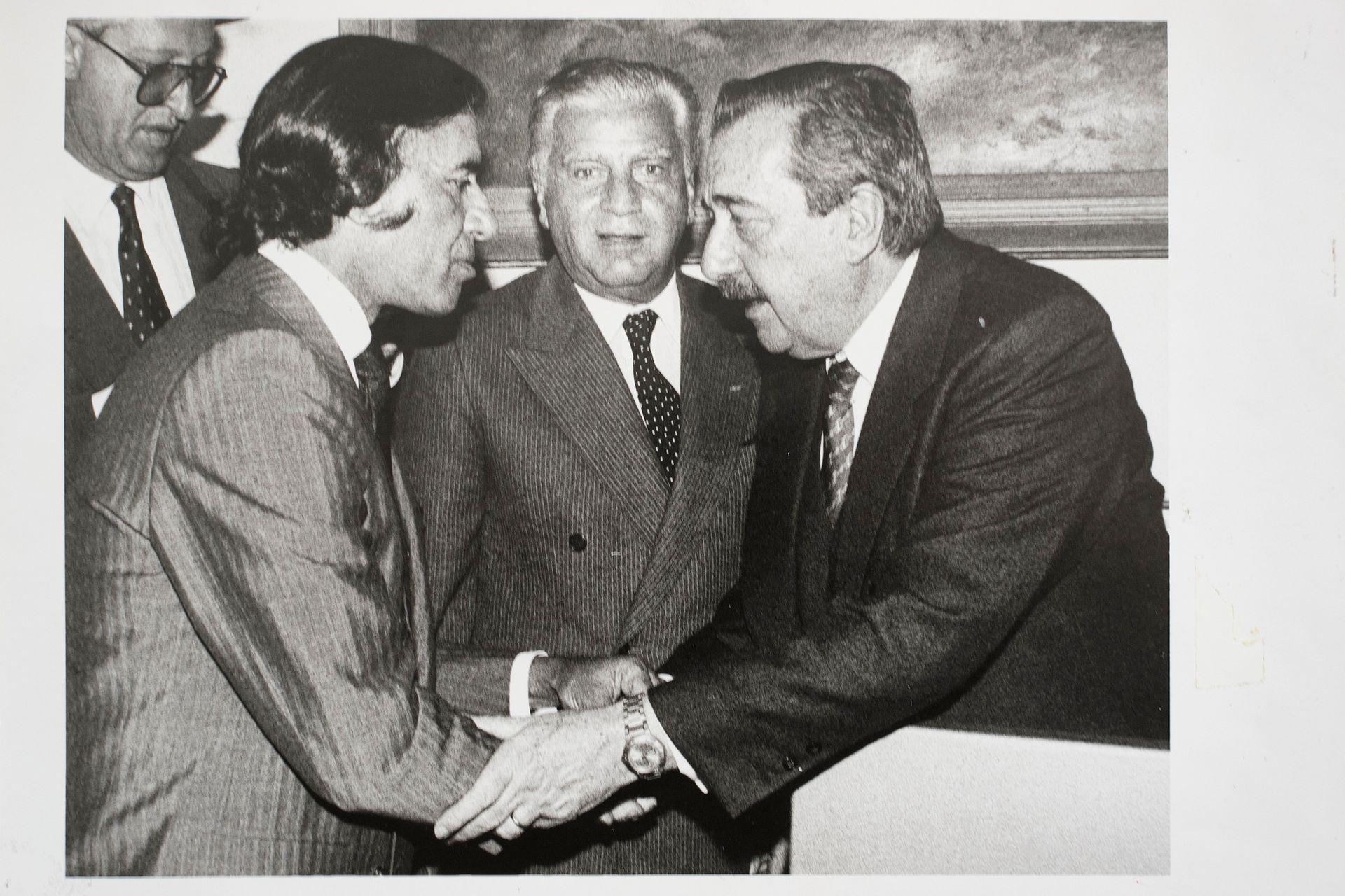 Carlos Menem y Raúl Alfonsín.