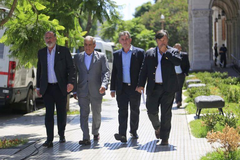La Mesa de Enlace. Jorge Chemes (CRA), Carlos Iannizzotto (Coninagro), Carlos Achetoni (Federación Agraria) y Daniel Pelegrina (SRA)