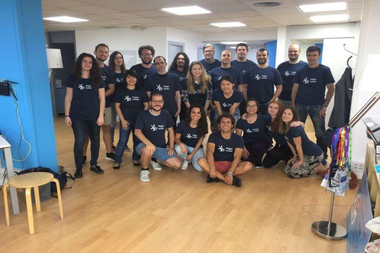 El equipo de Caravelo, empresa tecnológica basada en Barcelona y con oficinas en Chile y Singapur
