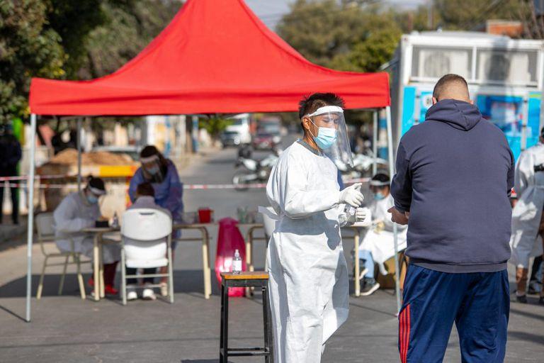 Acordonamiento e hisopados en Córdoba