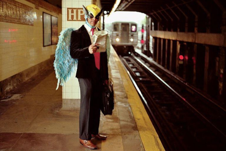 """""""Harvey Birdman"""" José Rosendo de Jesús (2005-2010), fotografía de la artista mexicana Dulce Pinzón (detalle)"""