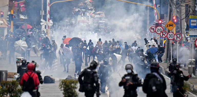 Protestas y desigualdad: los disturbios y las huelgas se apoderan de los países en desarrollo