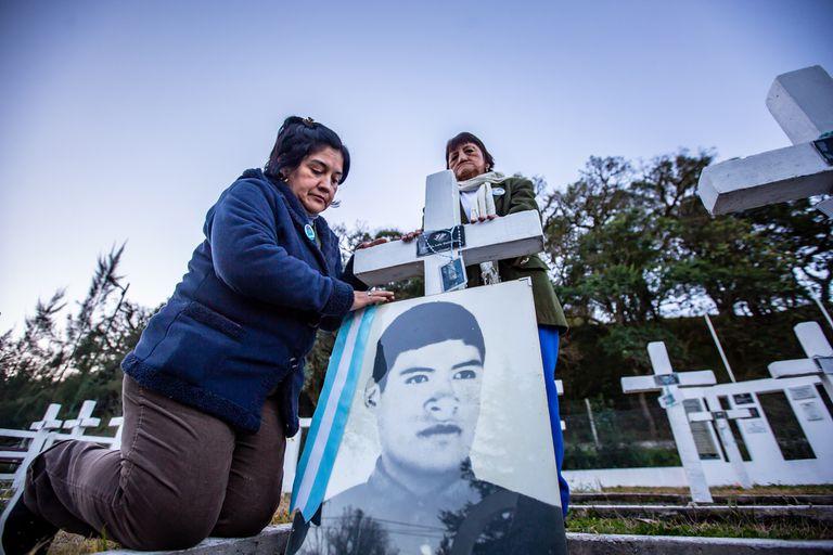 Cenotafio por los caídos en Malvinas en Campo Quiojano