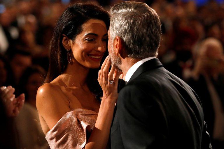 Clooney sólo tiene ojos para su adorada Amal