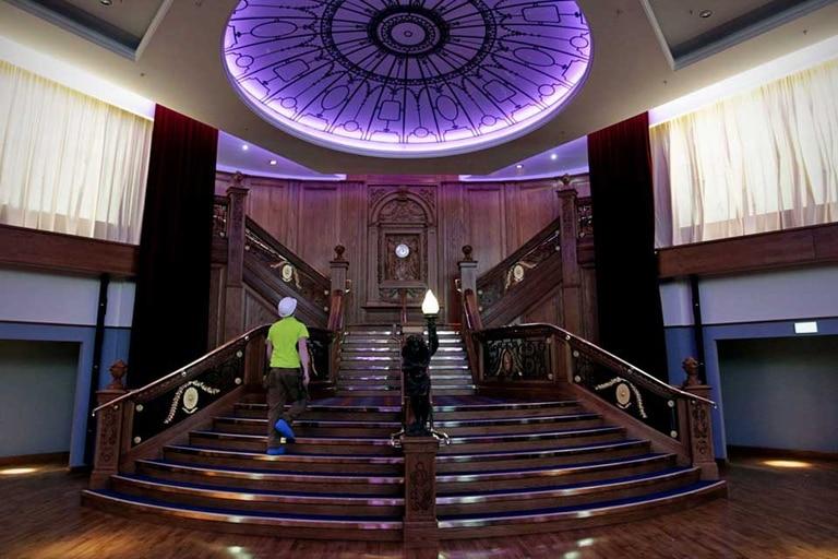 La recreación de la imponente escalera que popularizó la película de James Cameron