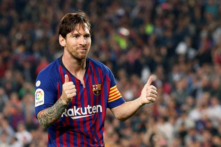 Messi celebra un gol con la camiseta de Barcelona. Vendrán más: es inminente la renovación de su contrato.