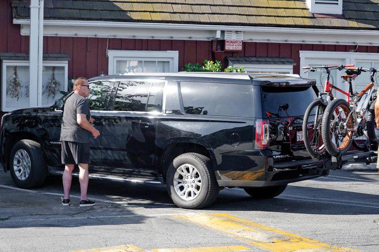 A diario usa su camioneta GMC Yukon Xl