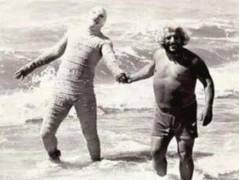 La Momia y Martín Karadagian