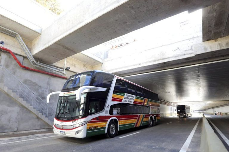 La velocidad máxima será de 60 km/h, excepto en accesos y egresos, donde será de 40 km/h