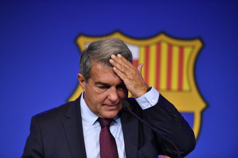 Conferencia de prensa sobre la salida de Messi, del Presidente del Barcelona Joan Laporta