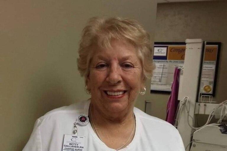 Betty Grial Gallagher era una trabajadora de la salud estadounidense que se negó a retirarse para colaborar con los pacientes y colegas en tiempos de coronavirus y finalmente murió a causa de esa enfermedad, cuando estaba a punto de cumplir 79 años