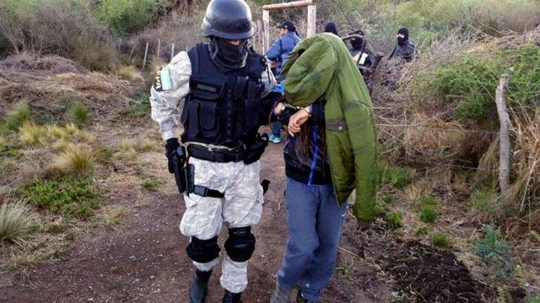 Un grupo de elite apresó en Capilla del Monte a uno de los cultivadores