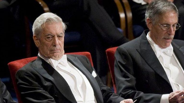 Vargas Llosa, en la ceremonia de entrega del Nobel en 2010: fue el último escritor hispanoamericano en recibirlo.