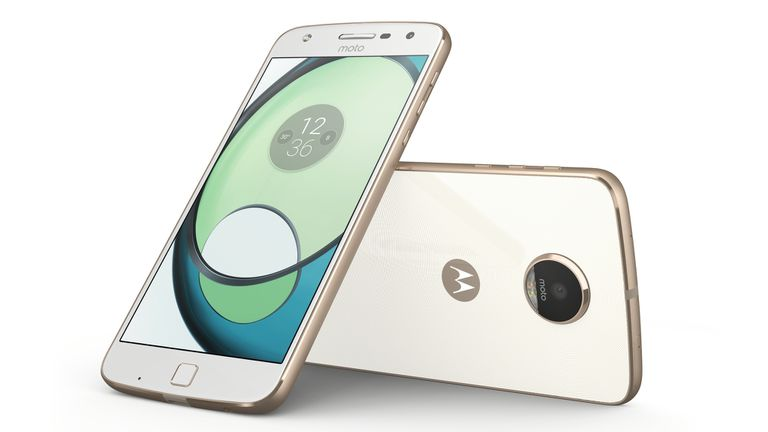 El Moto Z Play tiene una batería de 3510 mAh y una cámara de 16 megapixeles
