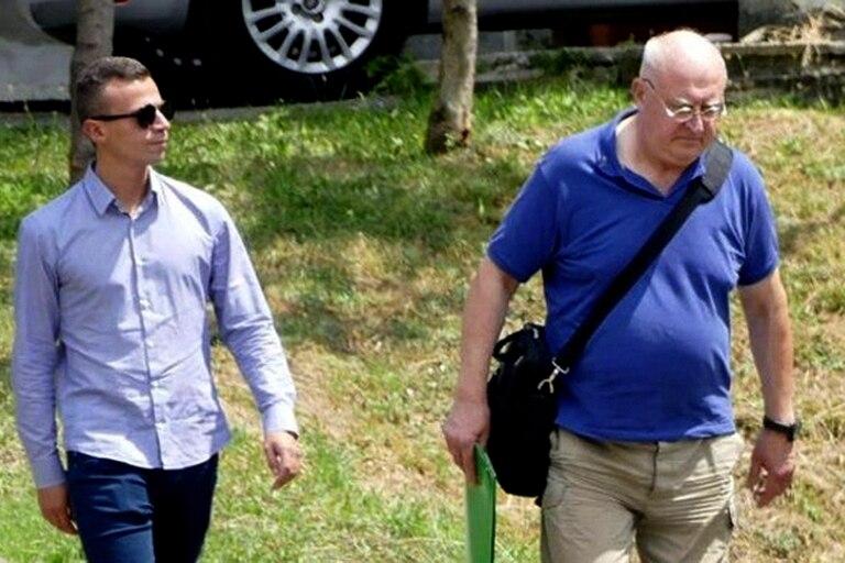 Paolo Glaentzer (derecha) está acusado de violencia sexual agravada contra una menor