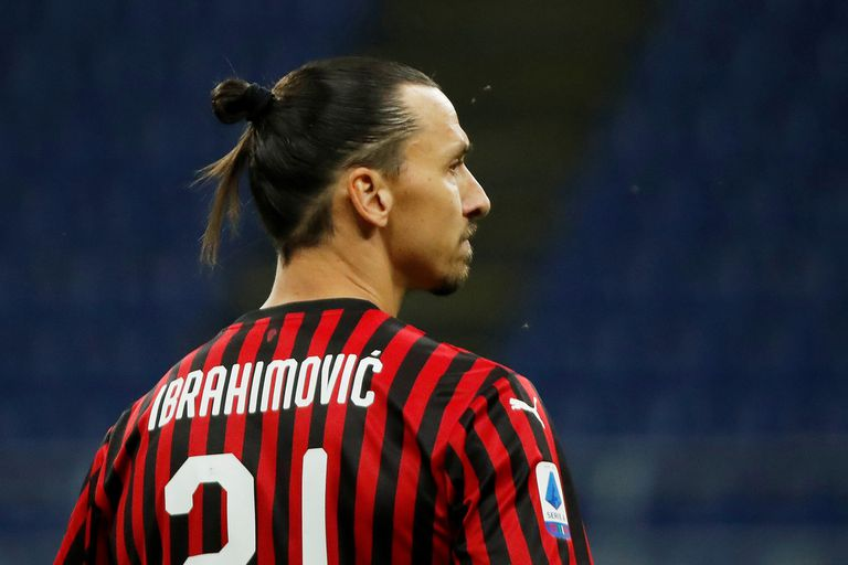 Zlatan, en el foco: Manchester United y Milan, un choque de trenes en Europa