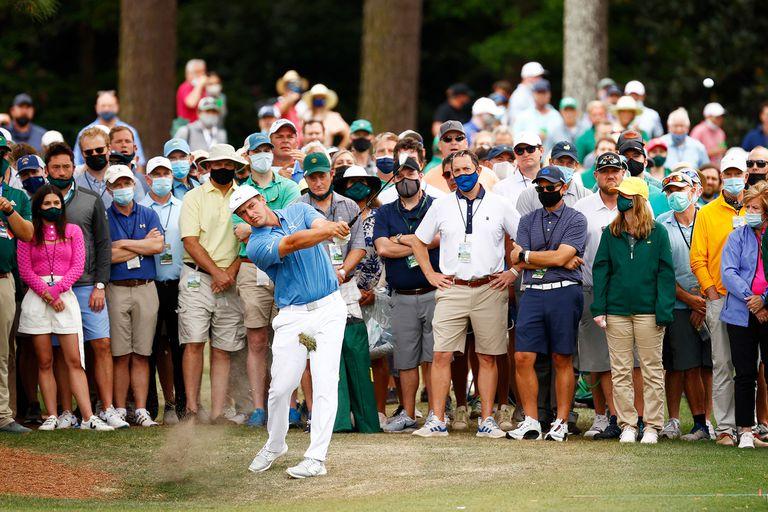 DeChambeau durante el Masters de Augusta: es muy seguido por los aficionados
