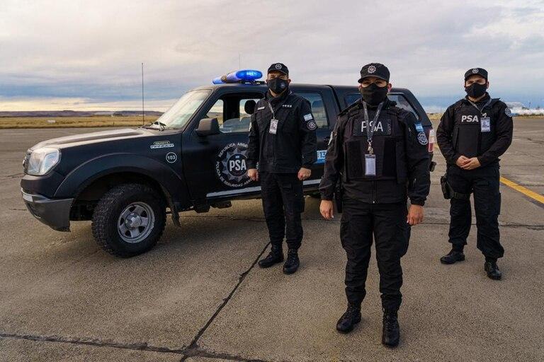 Efectivos de la Policía de Seguridad Aeroportuaria tendrán uniformes unisex
