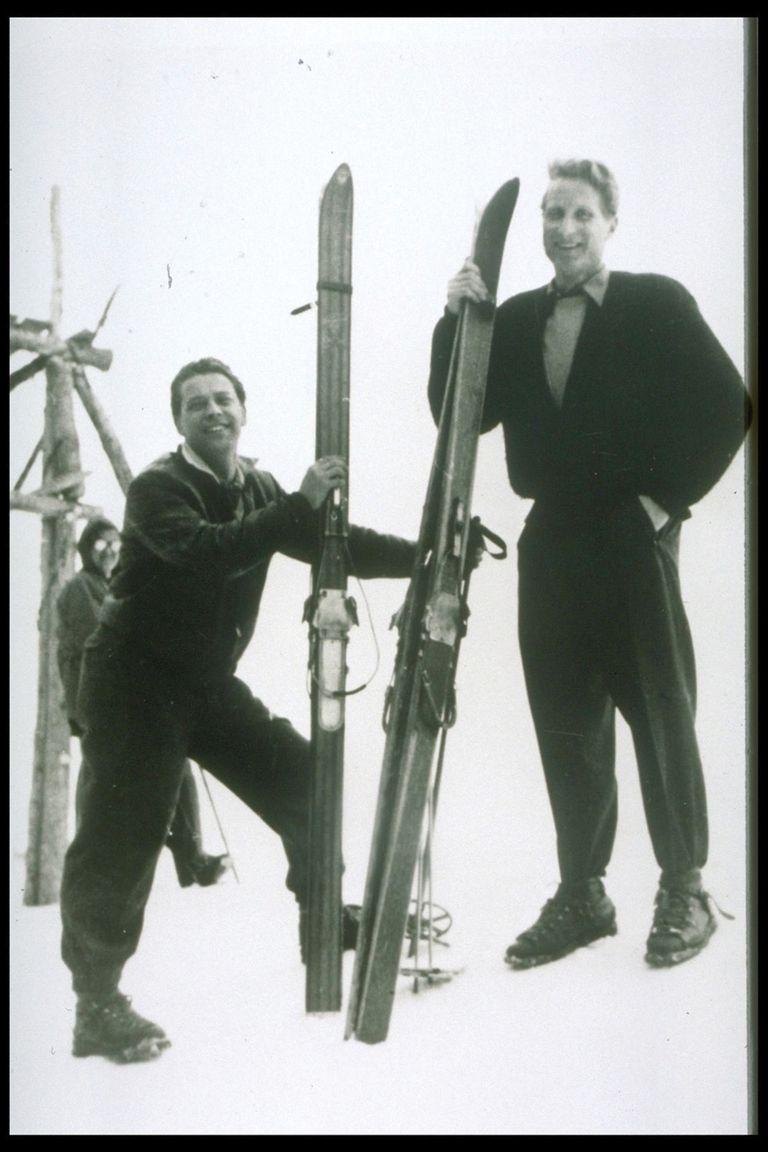 Luego de lesionarse esquiando en los Alpes, el Dr Märtens decidió mejorar las botas del ejército