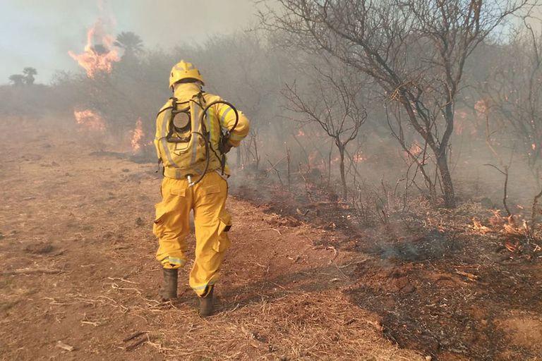 """Alerta en Córdoba por incendios forestales: el """"día crítico"""" que se avecina"""