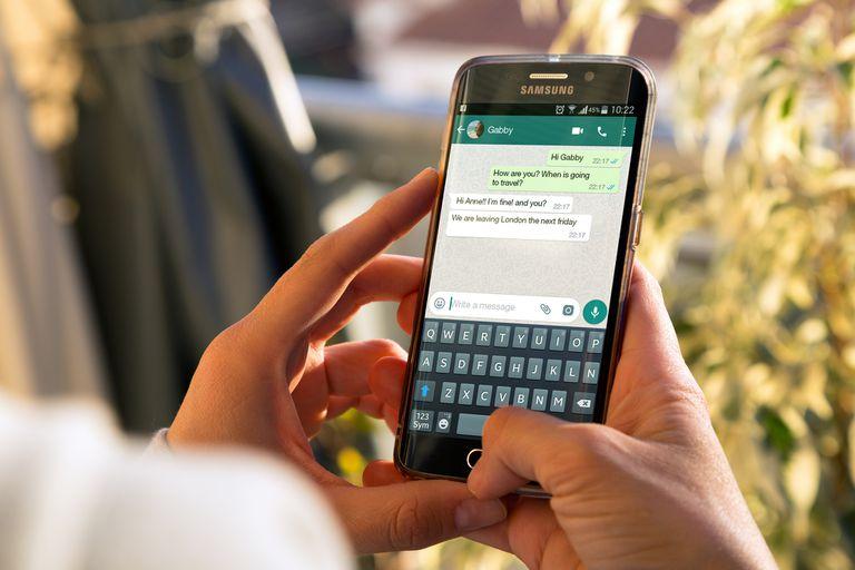 Después del 15 de mayo, los usuarios de WhatsApp mantendrán todas las funciones, pero de forma paulatina la compañía comenzará a solicitar de forma reiterada la aceptación de sus nuevas condiciones de uso
