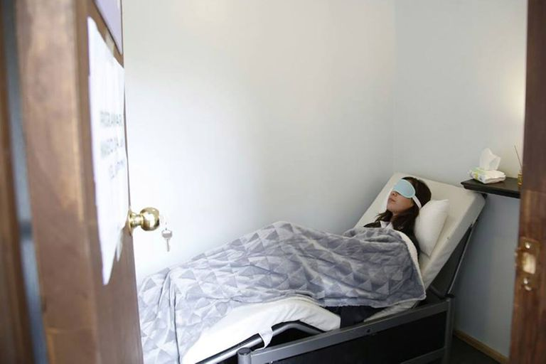 En una universidad chilena lanzaron una prueba piloto para instalar siestarios