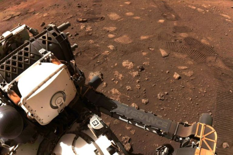 El rover Perseverance, lanzado en febrero de 2021, es una de las misiones a Marte que se consideran exitosas; otras no tuvieron la misma suerte