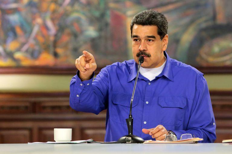 """El presidente de Venezuela, Nicolás Maduro,inició ejercicios militares en la frontera con Colombia, pero el presidente colombiano, Iván Márquez, prefirió no confrontar y dijo """"no caer en provocaciones."""