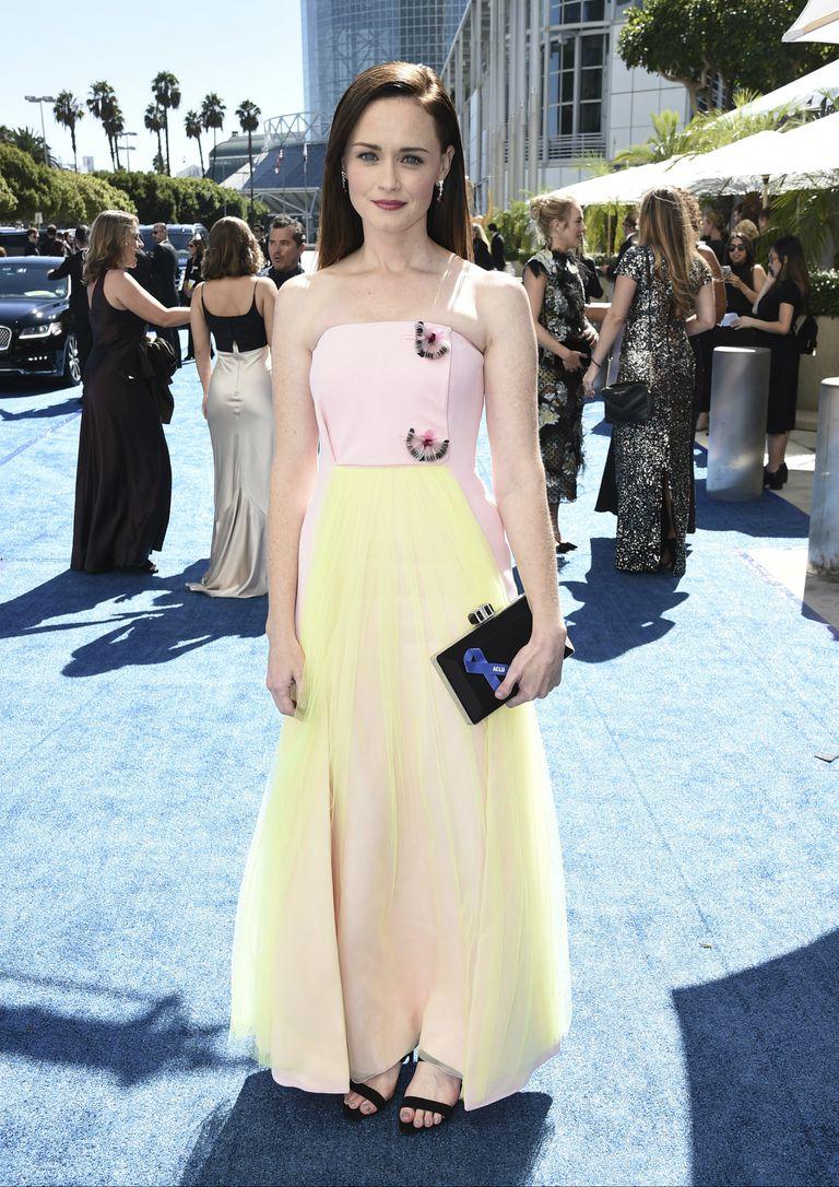 Alexis Bledel, nuevamente nominada a los Emmy por su papel en The Handmaids Tale