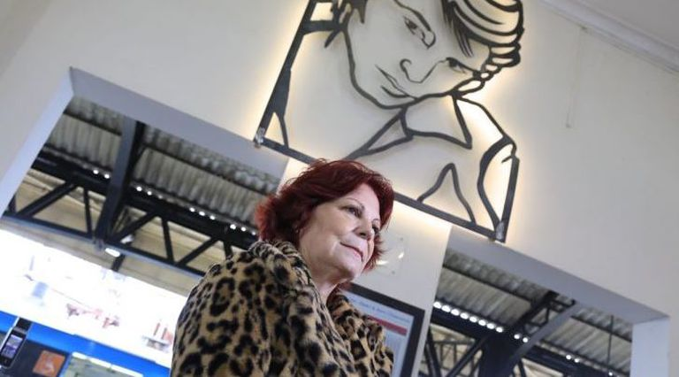 Inauguraron una escultura de Sandro en el barrio de Boedo