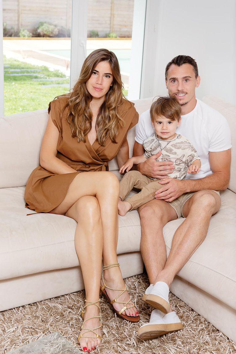 La pareja comenzó a salir a principios de 2014 y cinco años después anunció la llegada de su hijo Bastian.