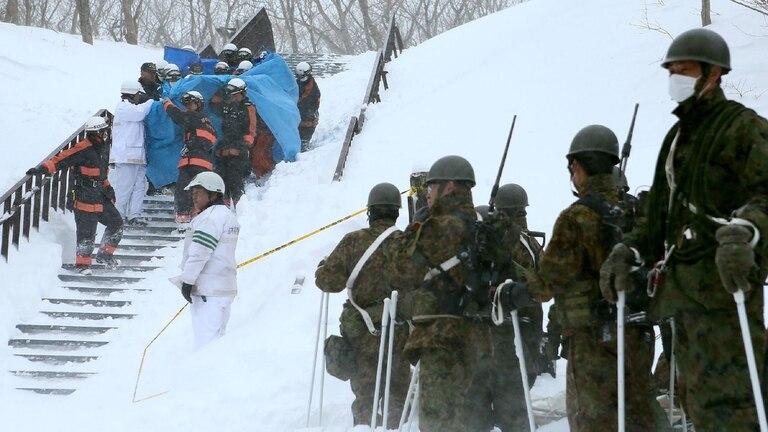 Tragedia en Japón: ocho estudiantes murieron al quedar atrapados en una avalancha de nieve