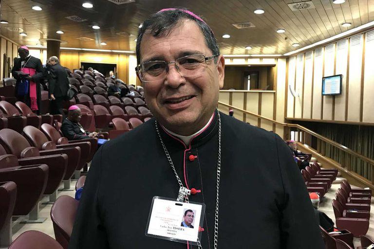 El obispo Carlos Tissera, presidente de Cáritas, recordó el mensaje de la Iglesia en favor de la dignidad humana y el trabajo