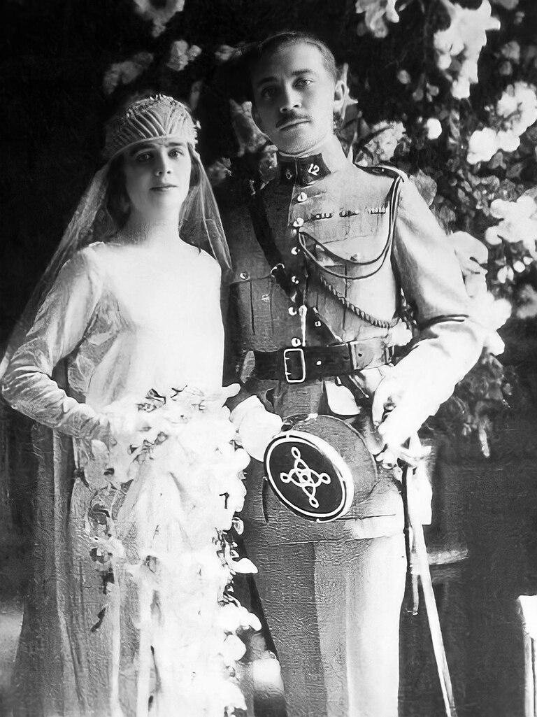 El día de la boda de Georges y Florinda. Él era un noble que actuó en la Primera Guerra Mundial y fue condecorado por su bravura.