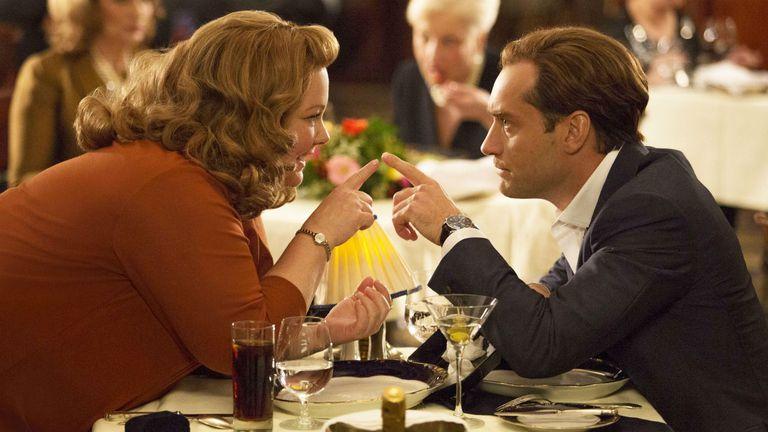 Melissa McCarthy y Jude Law en Spy: una espía despistada