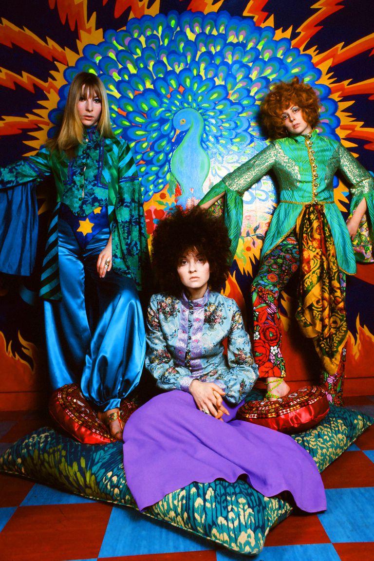 En 1967, el colectivo holandés de diseño The Fool se asoció con los Beatles para la Apple Boutique