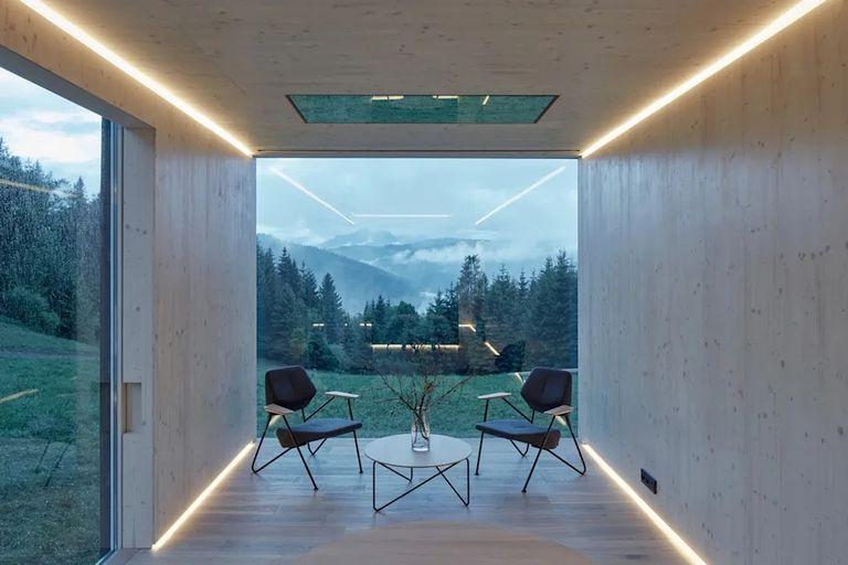 El living se destaca por su diseño minimalista