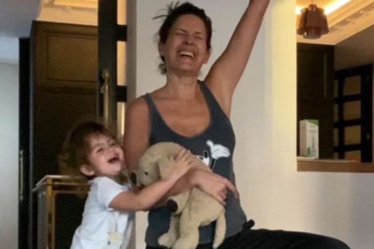 Malabares en la cocina: Isabel Macedo mostró sin filtros el lado B de ser mamá