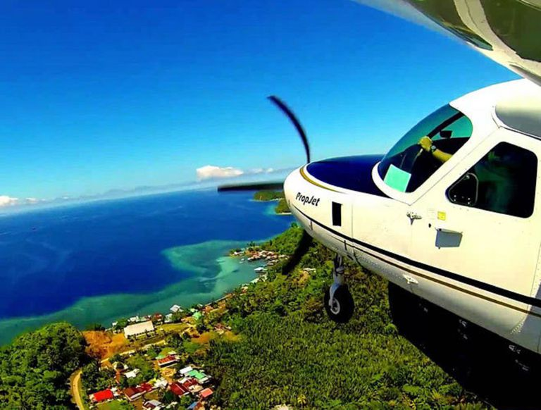 Entre una isla y la otra hay muy poca distancia pero es la manera más rápida. No así, la más económica ya que cada vuelo cuesta 30 dólares.