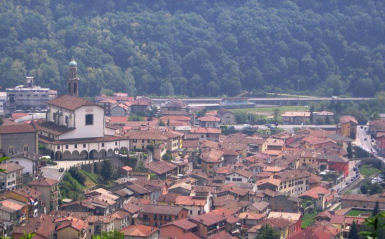 El apacible poblado de Vertova recibió un castigo más doloroso que el rastro que dejó la Segunda Guerra Mundial
