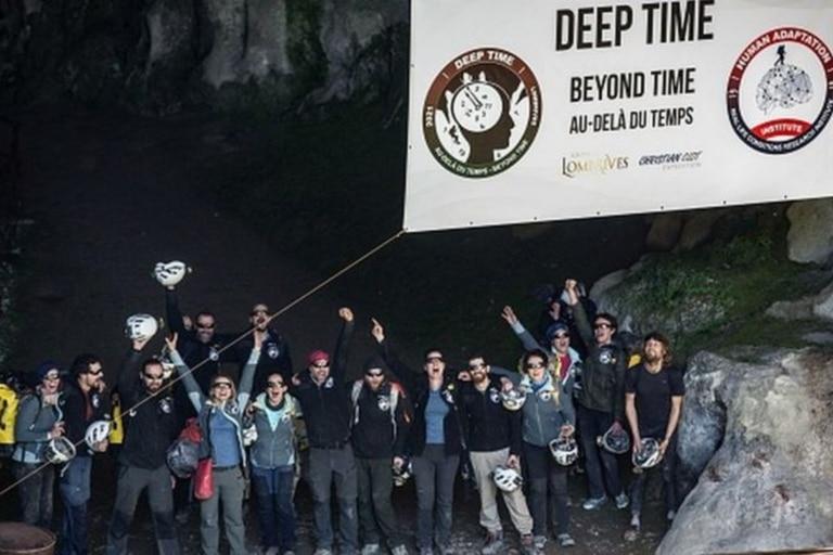 La mayoría de los voluntarios coincidieron en que el tiempo parecía pasar más lentamente dentro de la cueva