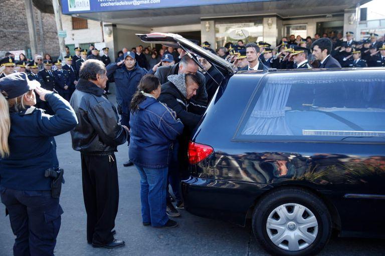 Último adiós a Lourdes en el cementerio de Berazategui