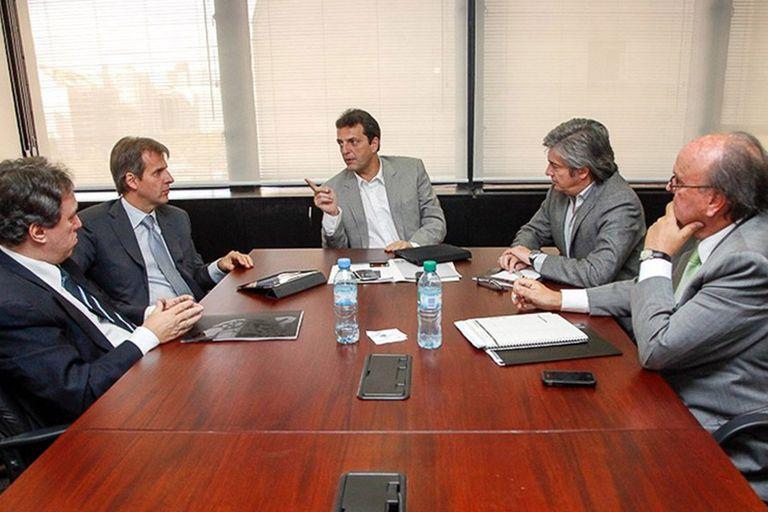Otras épocas. Sergio Massa junto a sus asesores económicos, ente los que estaba Martín Redrado. Su nombre empezó a sonar más fuerte en el último tiempo.