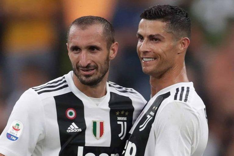 El italiano Chiellini demostró su admiración por su compañero en Juventus Cristiano Ronaldo