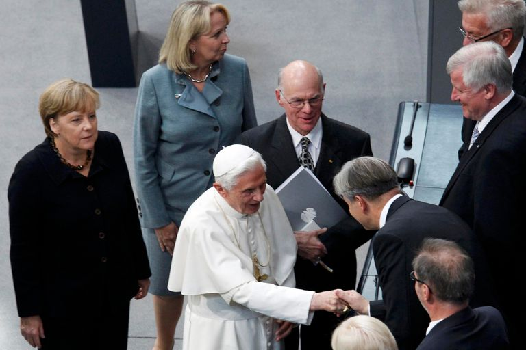 El Papa Benedicto XVI y Angela Merkel, en septiembre de 2011