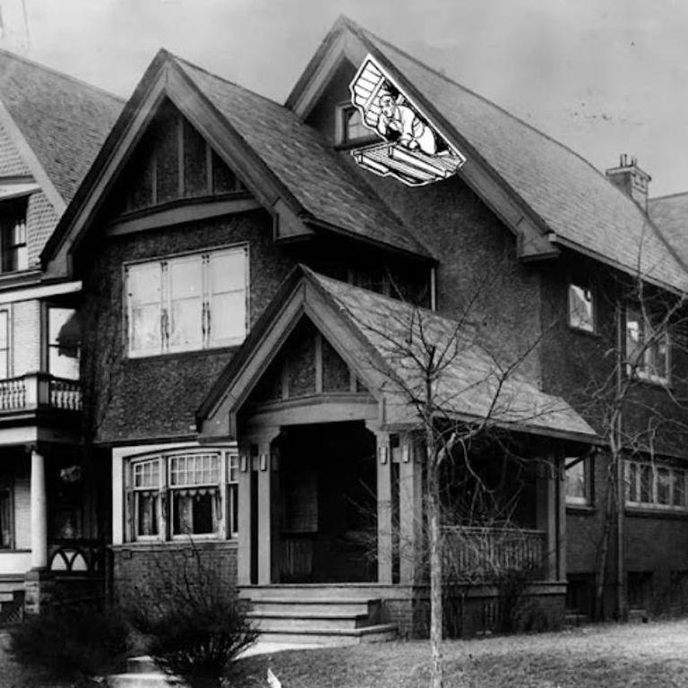 Una intervención sobre la imagen de la casa de Milwaukee realizada por Time Magazine para graficar el lugar donde estuvo alojado Otto Sanhuber en la casa del matrimonio de Dolly y Fred Oesterreich