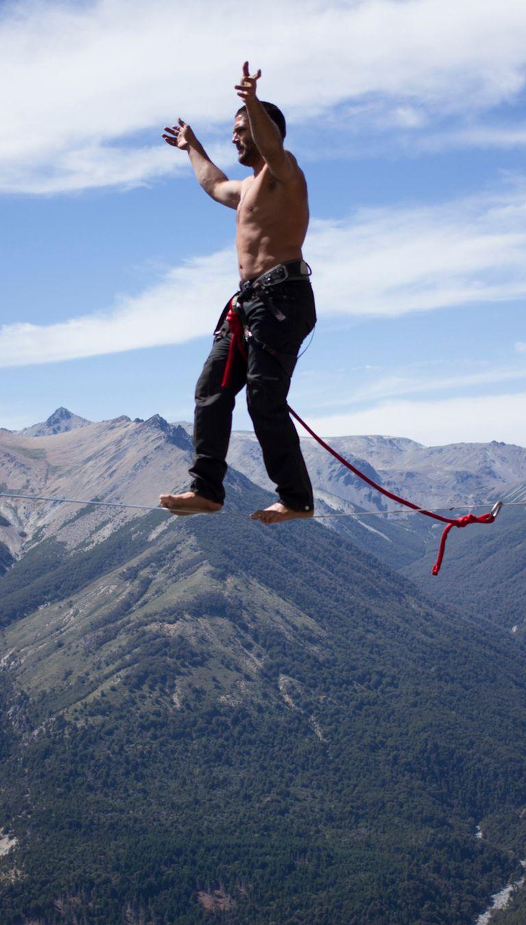 Andando descalzo: Benjamín Sosa desafía la ley de gravedad